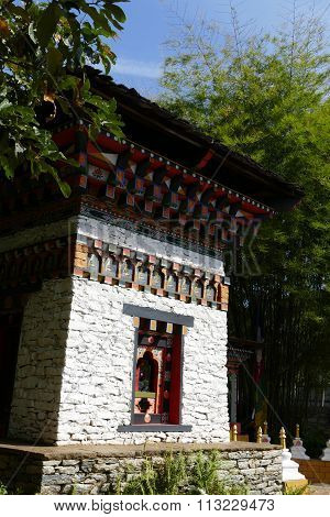 The Design Of Bhutan Architecture In The Garden