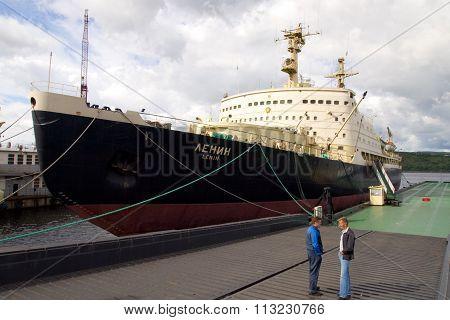 MURMANSK, Russian federation - juli 23 2010, First atomic icebreaker