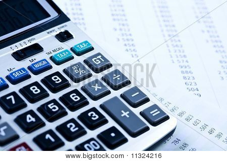 Raport and calculator