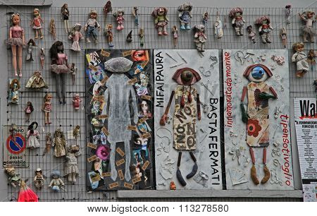 wall of dolls in Milan, Italy