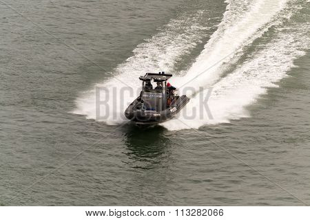 Montreal, Canada - June 07, 2015:police Speed Boat Rushing To Control Water Traffic In Saint Laurent