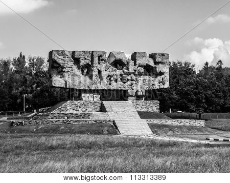 Monument in Majdanek concentration camp
