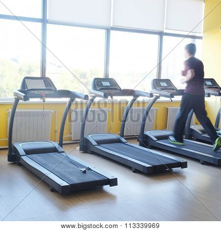People train on the treadmill in the gym
