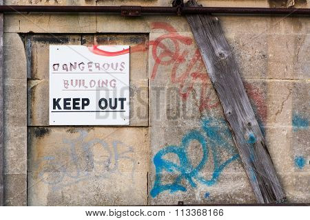 Dangerous Building Keep Out sign
