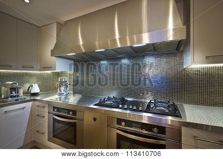 Modern Kitchen Ovens
