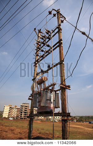 Busy Old Powerline Goa