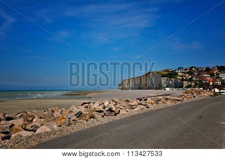 French destination, white cliffs in Normandy