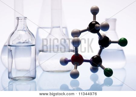 Atom & Laboratory glass