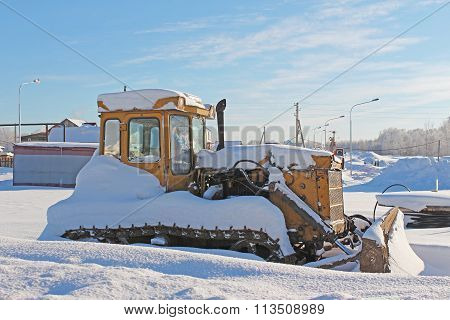 Abandoned Old Small Excavator In The Snow