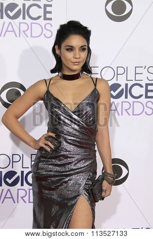 LOS ANGELES - JAN 6:  Vanessa Hudgens at the Peoples Choice Awards 2016 - Arrivals at the Microsoft Theatre L.A. Live on January 6, 2016 in Los Angeles, CA