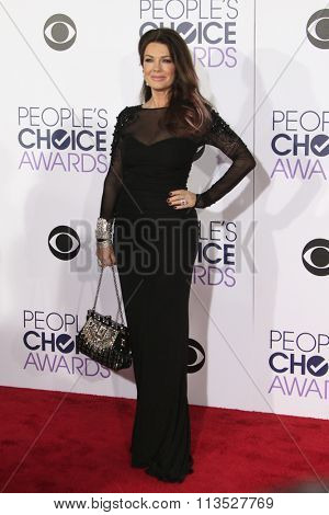 LOS ANGELES - JAN 6:  Lisa Vanderpump at the Peoples Choice Awards 2016 - Arrivals at the Microsoft Theatre L.A. Live on January 6, 2016 in Los Angeles, CA