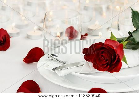 Romantic Candle Light Table Setting