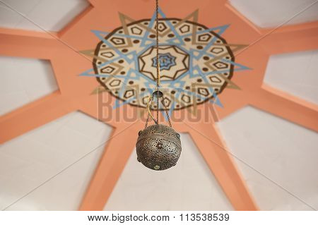 Round Lamp In Arabic Style