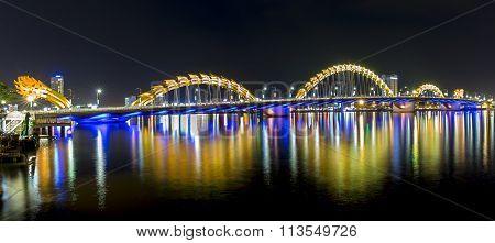 Dragon Bridge, Da Nang nightlife