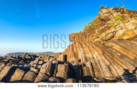 Giants Causeway stone architecture Ganh Da Dia