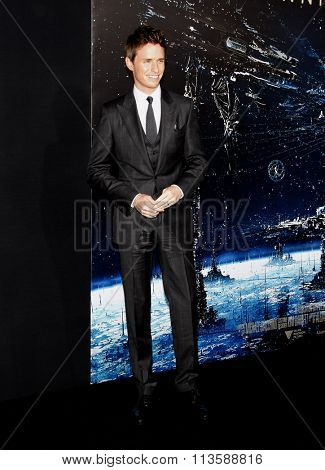 Eddie Redmayne at the Los Angeles premiere of
