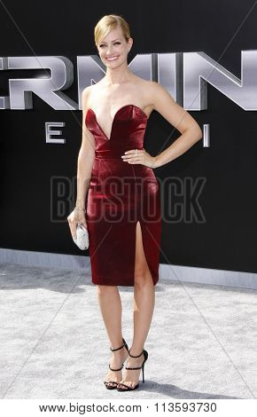 Beth Behrs at the Los Angeles premiere of