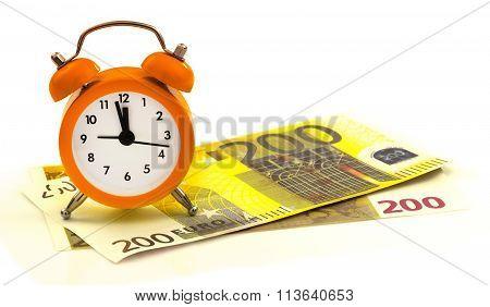 Alarm Clock With Paper Money, 200 Euro