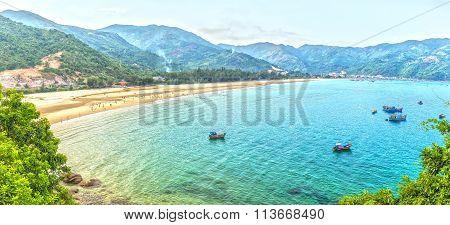 Sea Dai Lanh summer afternoon