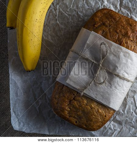 Banana bread with baking paper