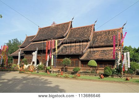Wat Lok Moli in Chiang Mai Thailand