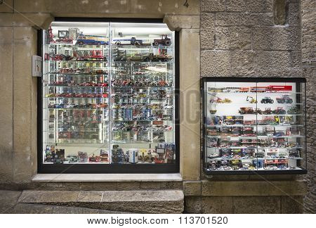 Shop Scale Models Of Cars