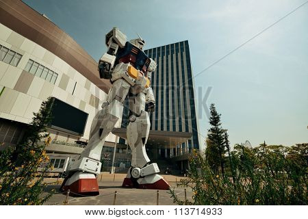 TOKYO, JAPAN - MAY 15: Giant Gundam Robot statue at Divercity on May 15, 2013 in Tokyo. Tokyo is the capital of Japan and the most populous metropolitan area in the world