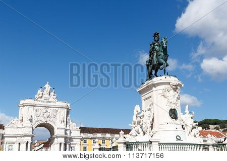 Equestrian statue King Jose I and Rua Augusta Arch in Lisbon