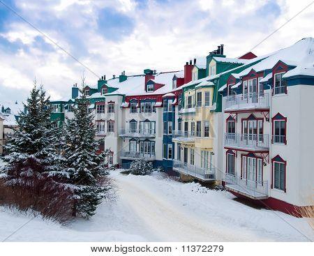 Beautiful Mount-tremblant Village