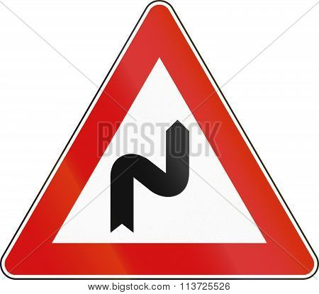 Road Sign Used In Italy - Double Curved, Curving First To The Right