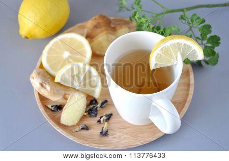 Ginger Hot Tea With Lemon