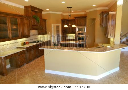 Large Modern Kitchen