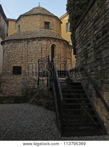Templetto Santa Croce in old Bergamo