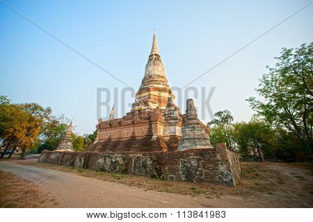 Wat Dusitdaram History Of Ayutthaya Historical Park of Thailand.