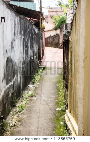 Narrow Lane in Thiruvananthapuram