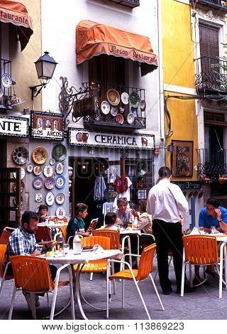 Pavement cafe, Cuenca.