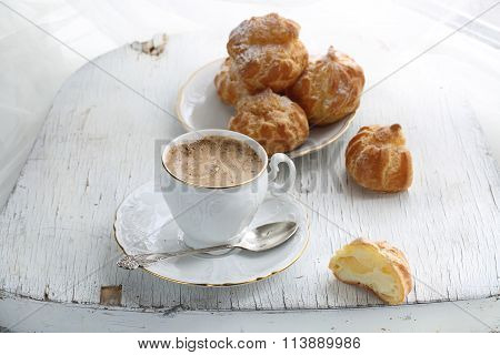 Cappuccino With Eclairs