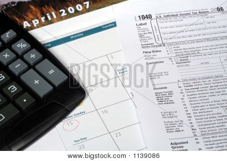 April Calendar And Tax Return