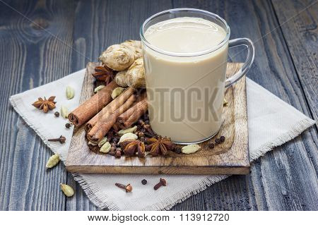 Masala Chai With Spices. Cinnamon Stick, Cardamom, Ginger, Clove, Star Anise, Black Pepper.