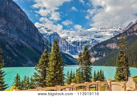 Well quay at Lake Louise. The lake is surrounded by mountains, glaciers and pine forests. Banff National Park, Rocky Mountains, Canada
