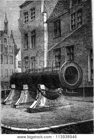 Dulle Griet, the canon of Ghent, vintage engraved illustration. Magasin Pittoresque 1878.