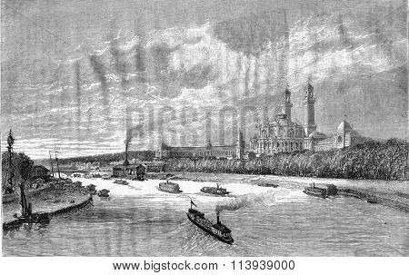 The Trocadero Palace seen from the bridge of Alma, vintage engraved illustration. Magasin Pittoresque 1878.