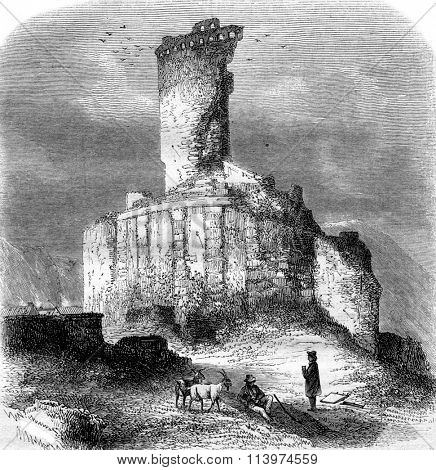 Ruins of the monument of Augustus, the tower of the Turbie, vintage engraved illustration. Magasin Pittoresque 1853.