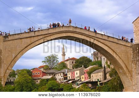 MOSTAR, BOSNIA AND HERZEGOVINA - SEPTEMBER 05: Jumping from the Old bridge on September 05, 2015 in Mostar, Bosnia and Herzegovina.