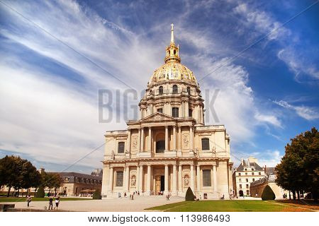 Les Invalides Hospital And Chapel Dome. As Well As A Hospital And A Retirement Home For War Veterans
