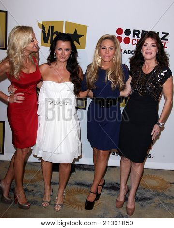 LOS ANGELES - JUN 20: Camille Grammer, Kyle Richards, Adrienne Maloof, Lisa VanderPump arrive at the 1st Annual Critics' Choice TV Awards at Beverly Hills Hotel on June 20, 2004 in Beverly Hills, CA