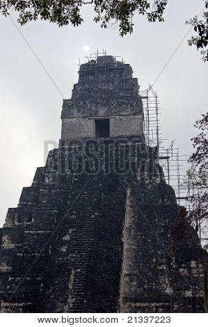 Sun And Pyramid