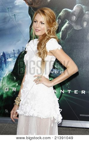 LOS ANGELES - JUNE 15: Blake Lively at the premiere of Warner Bros. Pictures' 'Green Lantern' held at Grauman's Chinese Theatre in Los Angeles, CA on June 15, 2011.