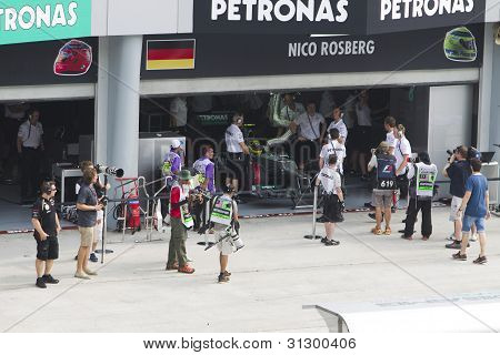 Nico Rosberg prepares for Friday practise