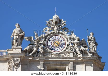 Clock of Saint Peter Basilica